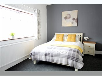 Ensuite Rooms Close To The Queens Hospital