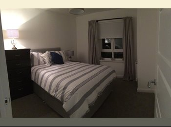 Spacious double room in new build house