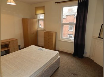 Large double room on Richmond Mount.
