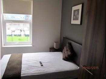 EasyRoommate UK - Room to rent in a new refurbished property - Warrington, Warrington - £368 pcm