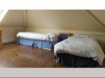 Big Double Room in a New House! Weekly payment!!