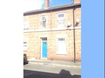 EasyRoommate UK - Refurbished room avail 7th Aug, Chester - £380 pcm