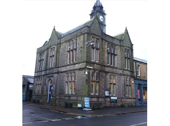 Rooms in Meltham Town Centre - £99pcm w/bills!