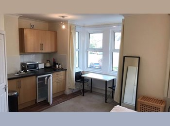 Double Room in New Refurbished House