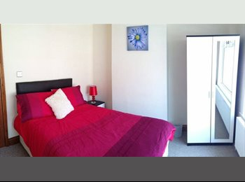 EasyRoommate UK - BEST VALUE QUALITY DOUBLE ROOMS IN KETTERING - Kettering, Kettering - £335 pcm
