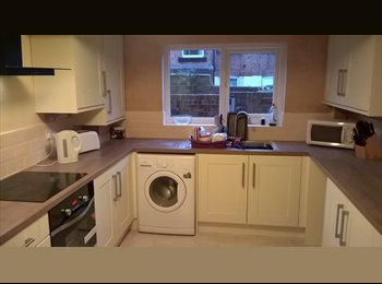 EasyRoommate UK - Double room to rent in house share in Hoole, Chester - £400 pcm