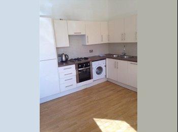 Fabulous 5 bedroom property, central Headingley location!