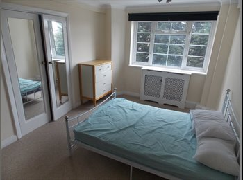 EasyRoommate UK - 5 rooms available now in Willesden Green! in the same house - Cricklewood, London - £693 pcm