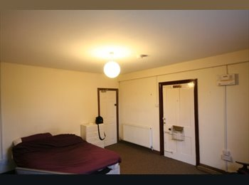 Large 1 Bed Flat - Central Hyde Park