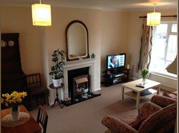 EasyRoommate UK - Good size double room  - Flackwell Heath, High Wycombe - £550 pcm