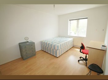 s. CAMDEN::: Amazing and spacious double room available...