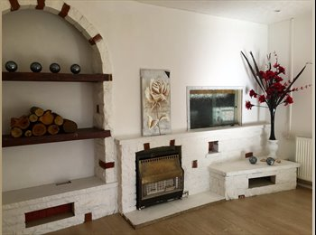 Rooms to let in a 4-bed House-share In Abbey Wood