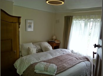 Room in great house in Kings Norton