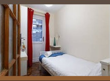 #Cheap Single room w TV in new-built house-Limehouse