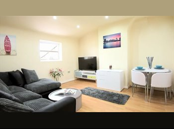 EasyRoommate UK - Double Room, Bills Included, £98 a week. - Vauxhall, Liverpool - £392 pcm