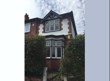 Large furnished doubles in Victorian house share, near...