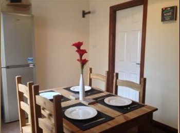EasyRoommate UK - Modern large double rooms available NOW!! - Kettering, Kettering - £385 pcm