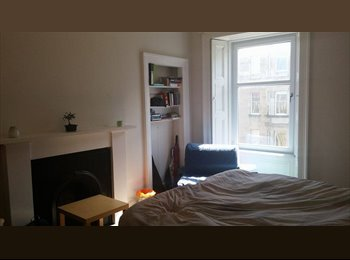 EasyRoommate UK - Spacious Double Bedroom to Let - Edinburgh Centre, Edinburgh - £475 pcm