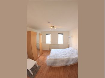 3 Double Bedrooms Available Now in Walthamstow