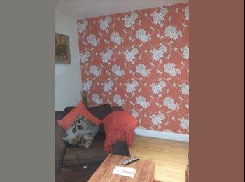 EasyRoommate UK - Medium size room - Harrow, London - £450 pcm