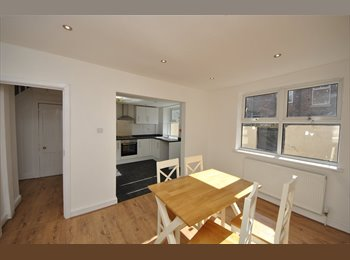 EasyRoommate UK - Fully Refurbished 4 Bedroom Student Accommodation - Wavertree, Liverpool - £1,160 pcm