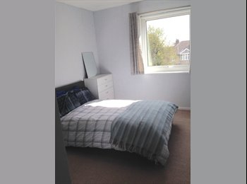 EasyRoommate UK -  Newly refurbished double room in Downend/ Frenchay - Downend, Bristol - £500 pcm