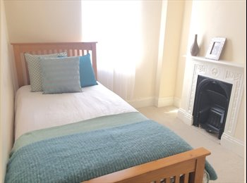 EasyRoommate UK - Bright Single Room - BILLS INC. Modern House - Catford, London - £475 pcm