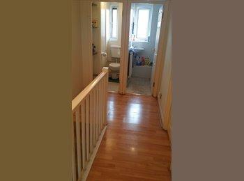 EasyRoommate UK - Double room in Victoria - Westminster, London - £760 pcm