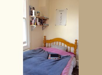 EasyRoommate UK - LOVELY DOUBLE ROOM IN MAIDA VALE  - Maida Hill, London - £675 pcm