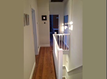 Single room in luxury house in Southsea