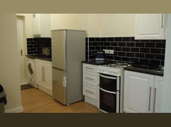 (August) Stunning Entire 2 Bed Fully Furnished Flat