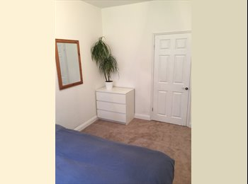 EasyRoommate UK - Large double room for rent in two bed flat - Tulse Hill, London - £600 pcm