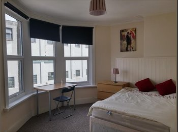 EasyRoommate UK - Great En suites BS3 -Southville! - Bedminster, Bristol - £575 pcm