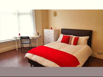 EasyRoommate UK - Two Whopping Doubles In Edgbaston - Edgbaston, Birmingham - £425 pcm