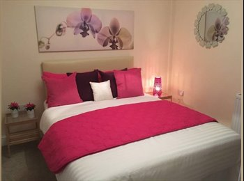 EasyRoommate UK - Stunning Double Room for Rent in Edgware All Inclusive - Edgware, London - £650 pcm