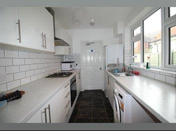 Double Room to Rent in Aston Road, Nuneaton