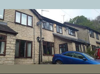 EasyRoommate UK - Furnished bedroom in mossley to let, Mossley - £400 pcm