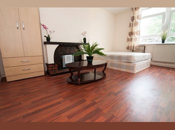 *Central location* 4 Rooms in new House - Bethnal