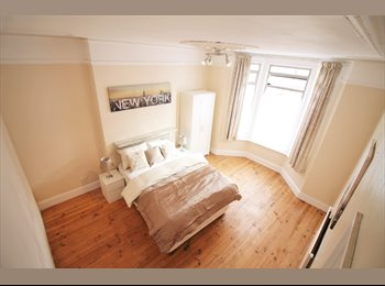 EasyRoommate UK - Victorian House in  Hither Green , Hither Green - £620 pcm