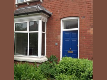 EasyRoommate UK - SELLY OAK - £95 pwk bills included !!!!! - GRADS / STUDENTS  - 4 ROOMS AVAILABLE  !!, Birmingham - £412 pcm