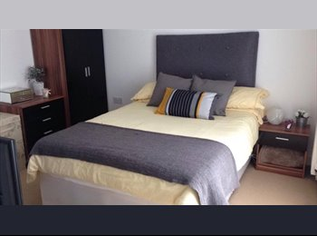 Double room, Ordsall near Salford Quays (M5)