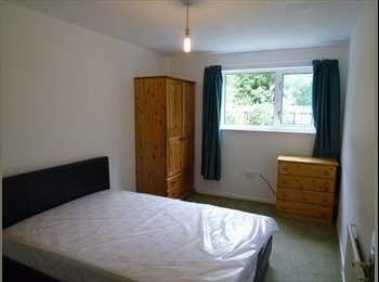 EasyRoommate UK - Benefits Welcome - Double Bedroom - Paston, Peterborough - £325 pcm