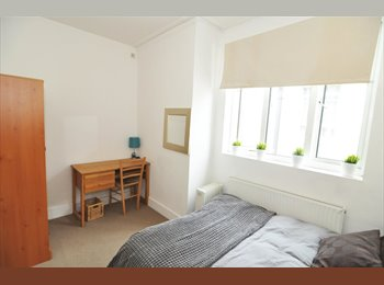 A contemporary double room, all bills included, NO DEPOSIT