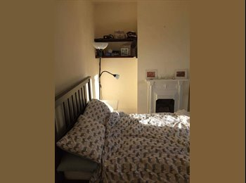 EasyRoommate UK - Beautiful double room in whitehall - Whitehall, Bristol - £425 pcm