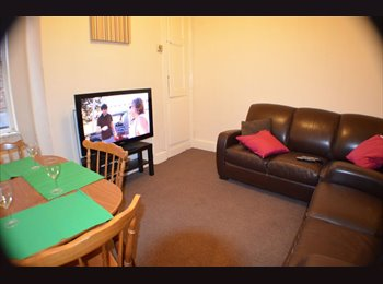 EasyRoommate UK - Beautiful Room in Fallowfield - UP FOR GRABS! - Fallowfield, Manchester - £520 pcm