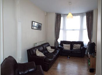 EasyRoommate UK - Rooms Available in Shared Property Close To NTU & City Centre, Nottingham - £301 pcm