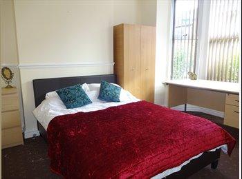 EasyRoommate UK - **ROOMS AVAILABLE - STUDENT SHARED HOUSE 2016/17** - Nottingham, Nottingham - £403 pcm