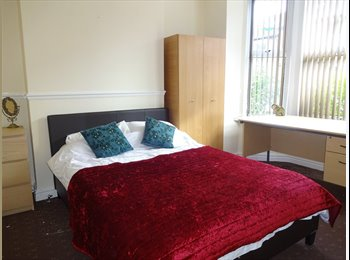 **ROOMS AVAILABLE - STUDENT SHARED HOUSE 2016/17**