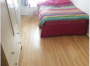 EasyRoommate UK - Double Room in Angel Road 500 All Bills Inc  - Upper Edmonton, London - £500 pcm