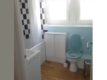 EasyRoommate UK - Double room.  2 mins to Bermondsey Tube, 2 mins to river - Bermondsey, London - £700 pcm